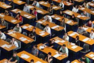 Concorso scuola docenti: solidarietà con proteste abilitati, o di dignità professionale?